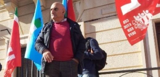 """E' scontro tra sindacato e """"Comitato ex lavoratori Sogeas"""" dopo l'intervento di Di Lorenzo a cui ribatte Munafò della Uil"""