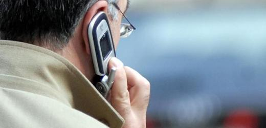La tempesta di telefonate tentando di estorcerle 100 euro al mese, denunciato un 51enne siracusano