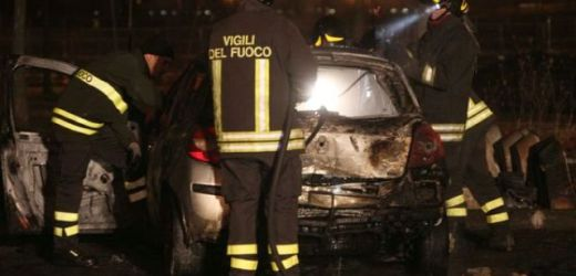 In fiamme a Siracusa due auto in via Cassia e via De Amicis, in quest'ultimo caso l'incendio sarebbe doloso