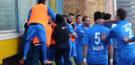Il Siracusa festeggia domenica la serie D con un'amichevole con i migranti del Cara Mineo, vincitori della propria categoria