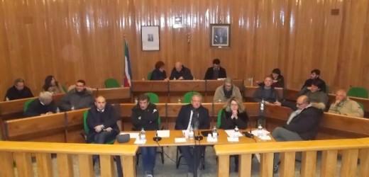 Canicattini, Asia Ficara entra in Consiglio comunale al posto della Ricupero e il sindaco presenta la nuova giunta