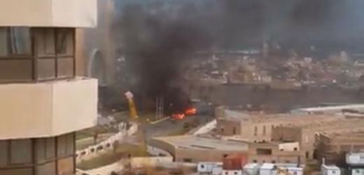 """Libia, le fiamme dietro l'uscio di casa nostra. Renzi: """"Occorre saggezza, prudenza e senso della situazione""""."""