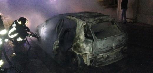 """Pachino, arrestato un 34enne col """"vizietto"""" dell'incendio di autovetture"""