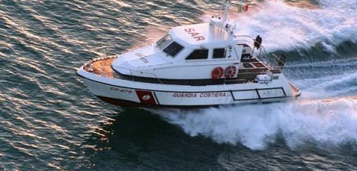 Sequestrata dalla Guardia Costiera una rete di circa 300 metri posizionata nei pressi dei pontili Esso, multa per 4 mila euro