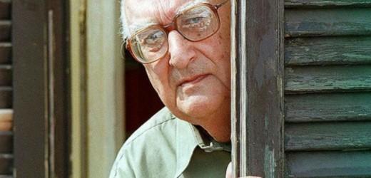 Andrea Camilleri festeggia oggi 90 anni. Lo scrittore che ha fatto conoscere la Sicilia, tra i più amati al mondo