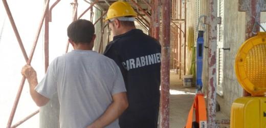 Lotta al lavoro nero da parte dei Carabinieri in provincia di Siracusa, sospesi due cantieri ed un laboratorio artigianale