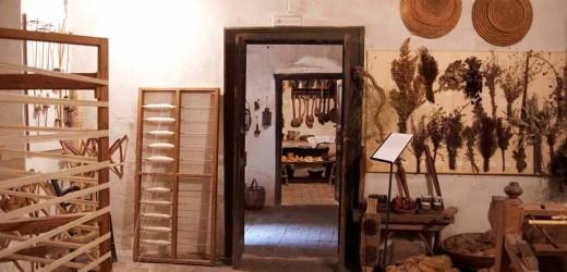 """L'inviato de La7 contro la Casa Museo """"Antonino Uccello"""" per i pochi visitatori e gli alti costi. La risposta dell'on. Vinciullo"""