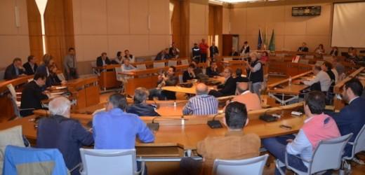 Siracusa, richiesta intervento delle Commissioni antimafia da parte del Consiglio, ma come sempre manca il numero legale