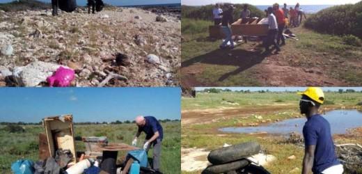 Metti una bella domenica di sole e un centinaio di volontari ed ecco ripulito dai rifiuti il litorale costiero di Ognina