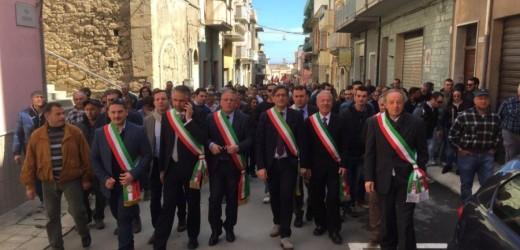 Il comparto agricolo del sud est della Sicilia si è fermato oggi a Pachino per chiedere aiuti a superare la crisi dell'Agricoltura