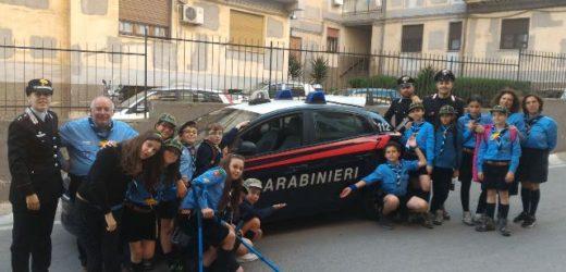 Percorsi di legalità, i lupetti del gruppo scout del Siracusa 3 Carabinieri per un giorno