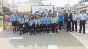 Amministratori, forze dell'ordine e scout