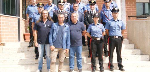 Il comandante dei Carabinieri e il sindaco si congratulano con la Tenenza di Floridia per le indagini sull'omicidio Sortino