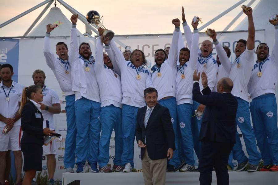 La Nazionale italiana di canoa polo Campione del Mondo a Siracusa