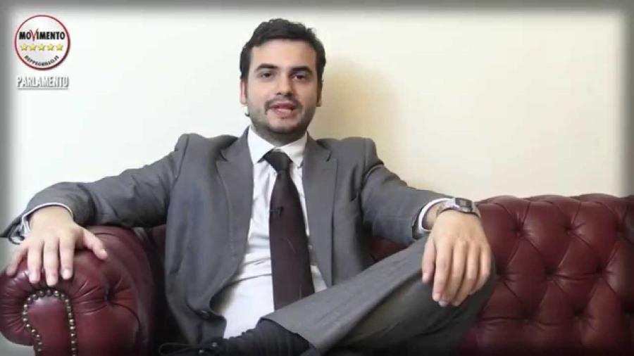Il parlamentare campano Carlo Sibilia del M5S