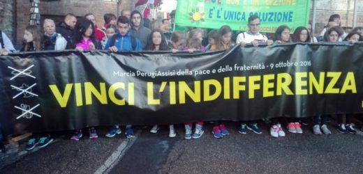 """""""Vinci l'indifferenza"""", questo il messaggio della marcia della pace Perugia – Assisi che si è svolta questa mattina"""