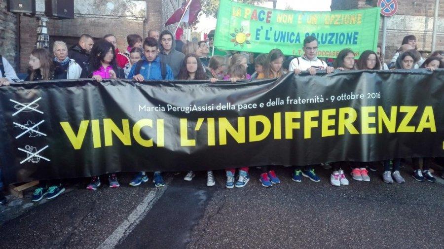 Lo striscione che ha aperto la Marcia della Pace Perugia - Assisi