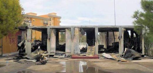 Distrutto dalle fiamme il prefabbricato che ospitava gli scout dell'Augusta 4, il secondo episodio a distanza di tempo