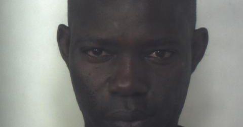 Siracusa, arrestato 42enne senegalese che non si ferma all'Alt dei Carabinieri