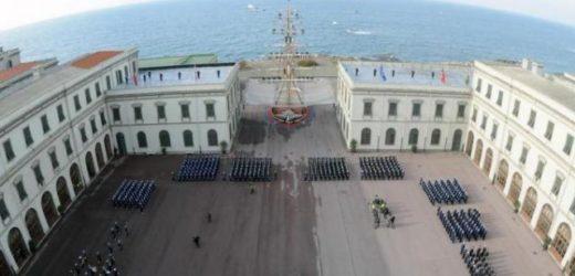 Porte aperte sabato 21 all'Accademia navale di Livorno per conoscere l'attività degli allievi ufficiali di Marina
