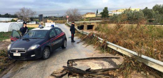 Maltempo, in ginocchio la viabilità in provincia di Siracusa, molte strade allagate e danneggiate, isolate alcune località