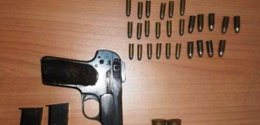 La Squadra Mobile di Siracusa rinviene a Tremmilia una pistola con relative munizioni. Gli interventi a Noto e Priolo