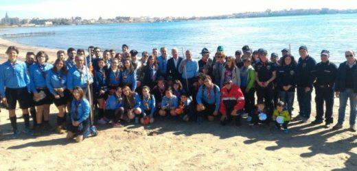 """""""Nonostante tutto… la natura non si arrende"""", Carabinieri, Scout, Fai e tanti volontari puliscono le spiagge"""