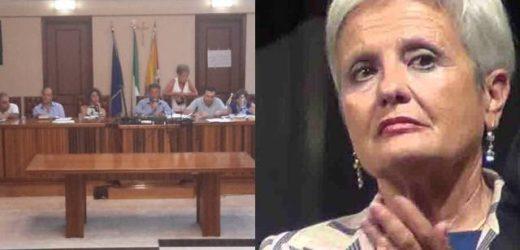 Ripristinare i diritti della minoranza all'interno del Consiglio comunale di Augusta a gestione M5S, chiedono 12 consiglieri