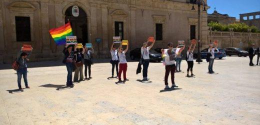 """Mercoledì 17 maggio Giornata internazionale contro l'omofobia, iniziative """"condivise"""" e flash mob a Siracusa"""