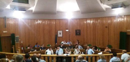 Il Consiglio comunale di Canicattini completa gli organismi, polemica tra i gruppi sui festeggiamenti per il nuovo sindaco