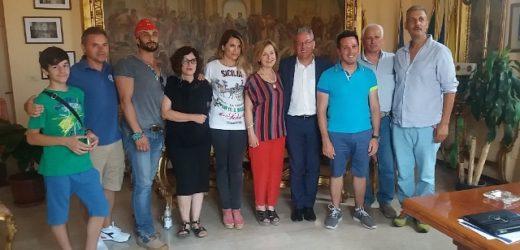 """Presentato al Comune di Canicattini il 3° workshop internazionale di scultura """"Lap-Idèo 2016"""" sul territorio ibleo"""