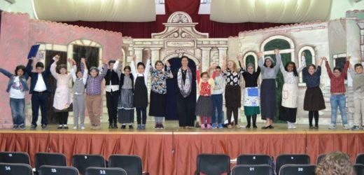 """In scena al Teamus di Canicattini """"San Giovanni Decollato"""", con i giovanissimi attori della compagnia  """"Le Maschere"""""""